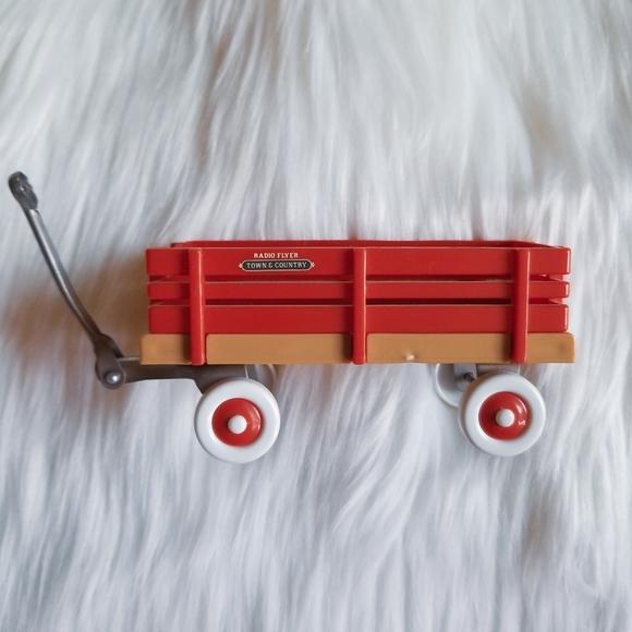 Town & Country Miniature Radio Flyer Wagon